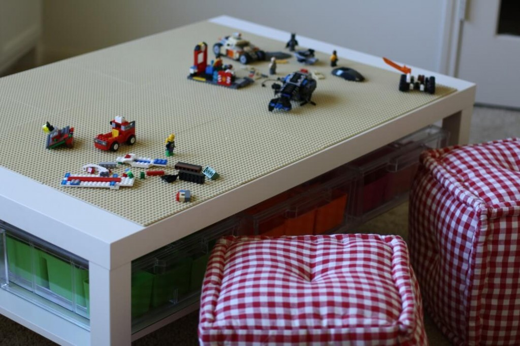how to build a lego table with storage