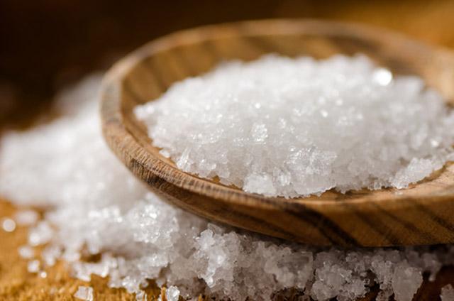 uses for salt around the house