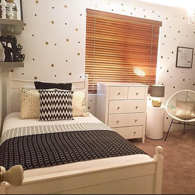 12 Perfect And Calming Bedroom Ideas For Women: Reader Project: Tween Girls Bedroom Makeover