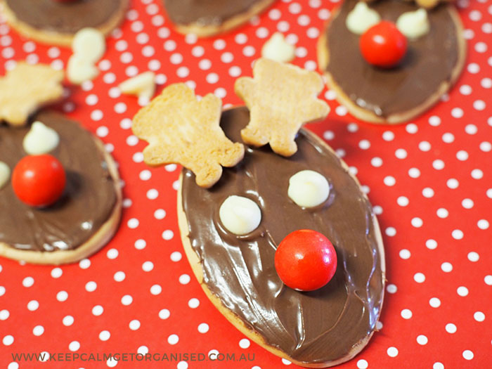 How To Make Easy Reindeer Biscuits With Tiny Teddies Keep Calm
