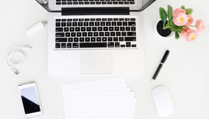 How To Stay Organised When Studying Online (+ 5 Super Flexible Jobs For Mums)