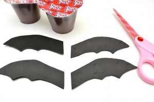 halloween snack ideas pudding bats 2